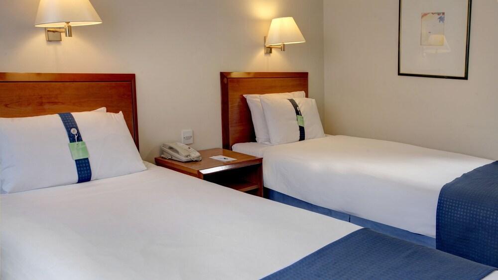 Gallery image of Holiday Inn Fareham Solent