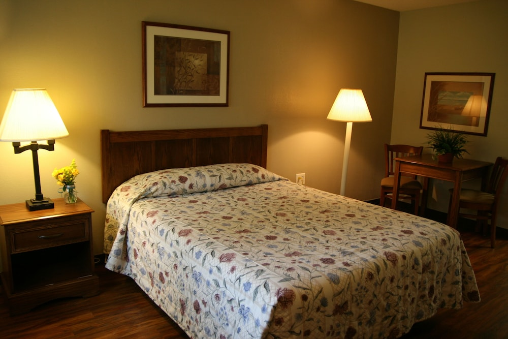 Gallery image of Affordable Suites of America