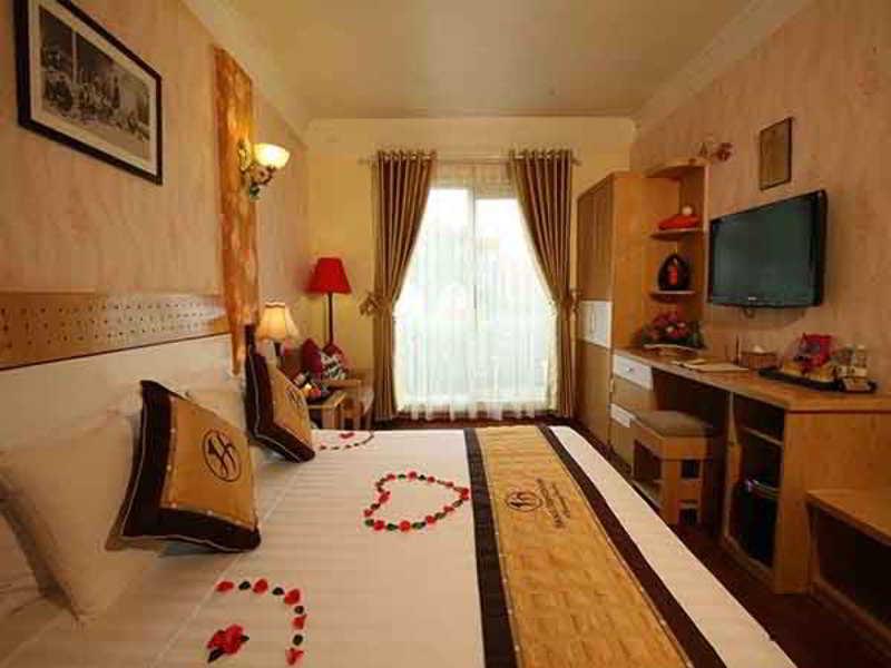 Hanoi House Hostel & Travel