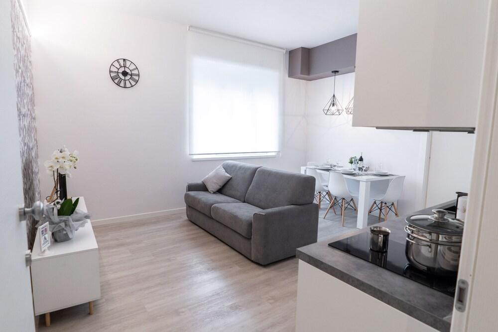 Dolce Notte Apartments