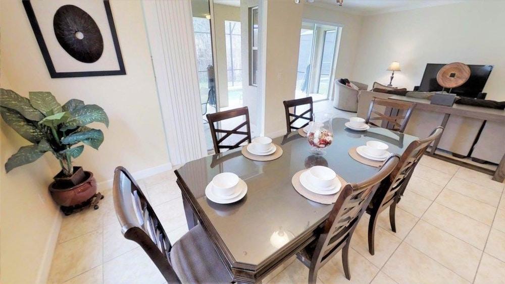 Villa 8876 Paradise Palms Orlando Florida