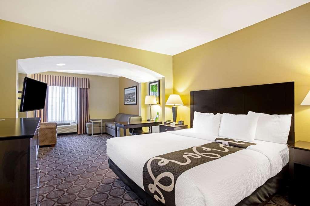 Gallery image of La Quinta Inn & Suites by Wyndham Lexington South Hamburg