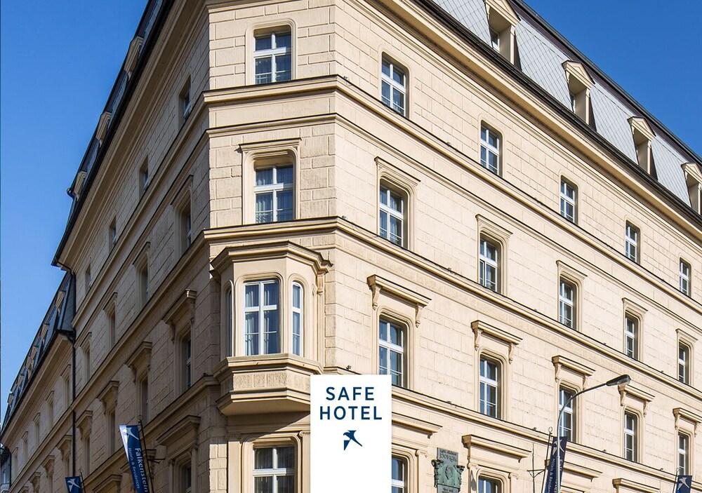 Falkensteiner Hotel Maria Prag