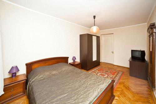Apartment Myasnikova 34