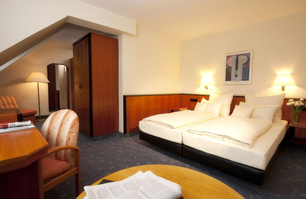 Gallery image of Advantage Hotel