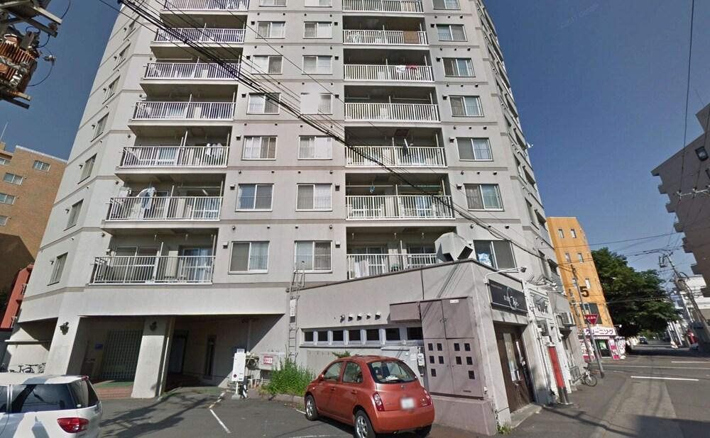 Sapporo ENJU Nakanoshima 204