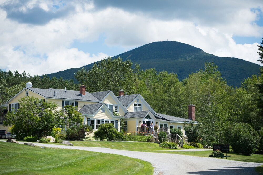 Gallery image of Red Clover Inn and Restaurant