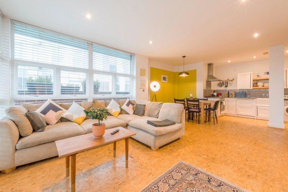 Central Manchester Spacious 1 Bedroom Apartment