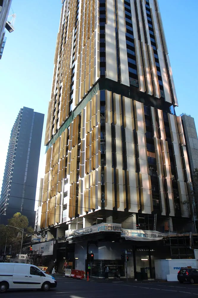 Serviced apartments Melbourne Empire