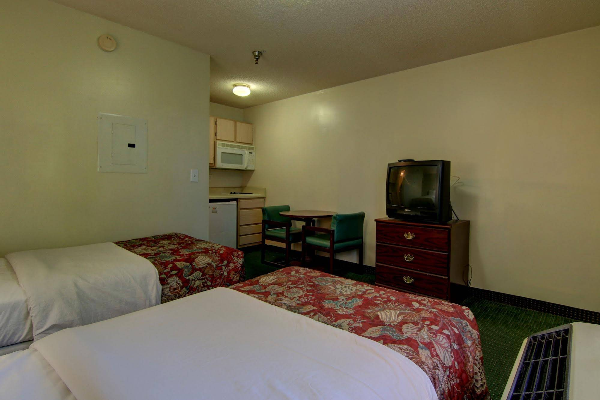 Gallery image of Sun Suites of Raleigh
