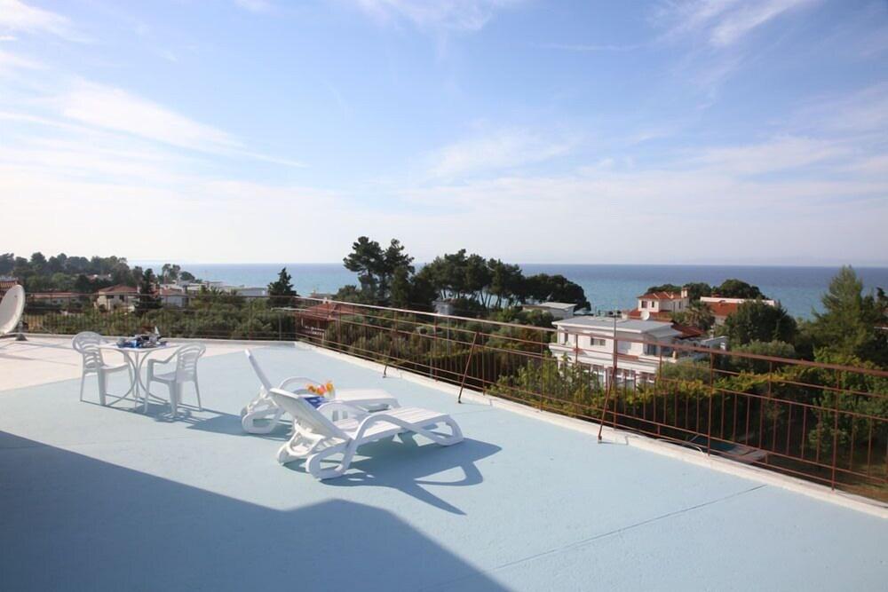 Gallery image of Hotel Apartment Kastoria