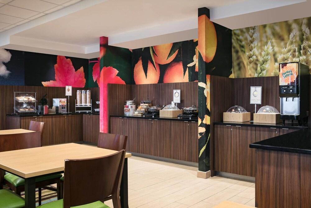 Gallery image of Fairfield Inn by Marriott Manhattan