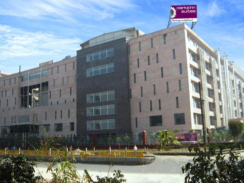 Clarks Inn Suites Delhi NCR