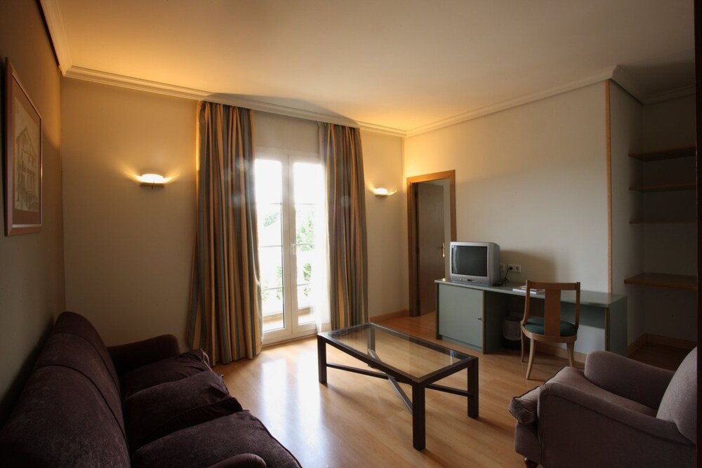 Gallery image of Hotel Urdanibia Park