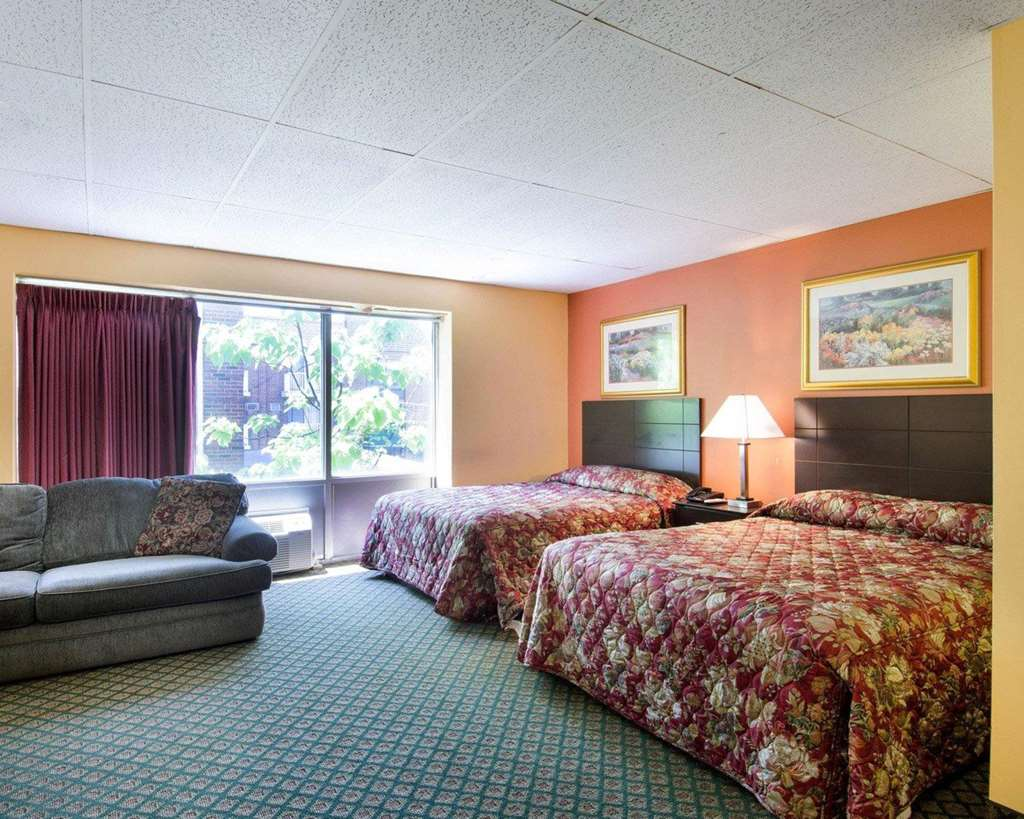 Gallery image of Econo Lodge Framingham