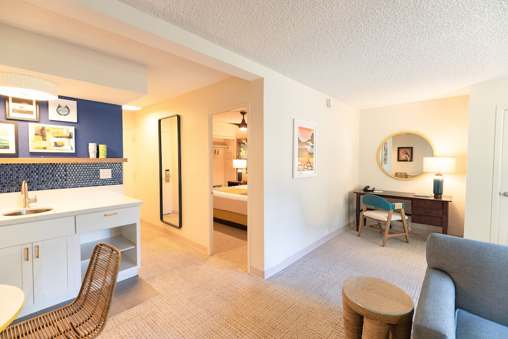 Gallery image of White Sands Hotel