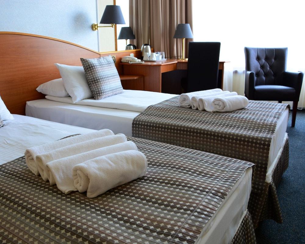 Hotel Orion Varkert
