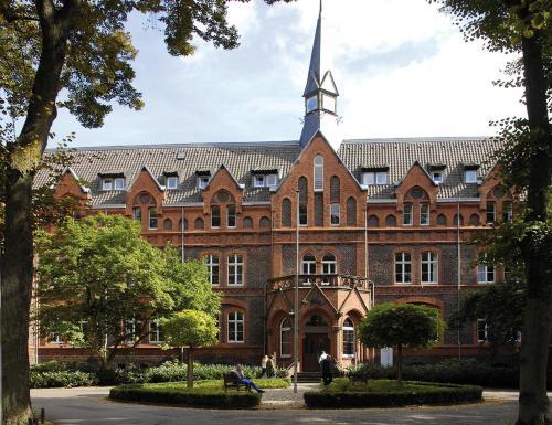 Hotel Mutterhaus Dusseldorf