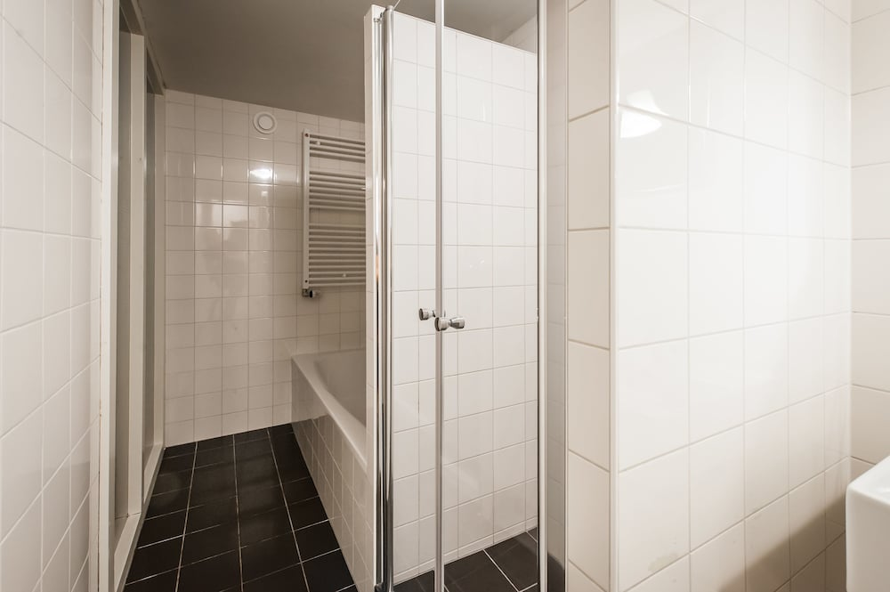 Gallery image of Short Stay Group Harbour Apartments