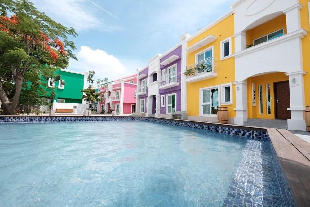 Kenting Fantasy Island JazzZ Resort