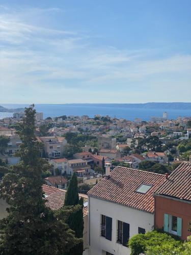 Roucas sur Mer Appartement Décoré Marseille