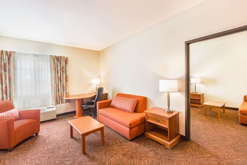 Gallery image of Days Inn and Suites Tucson Marana