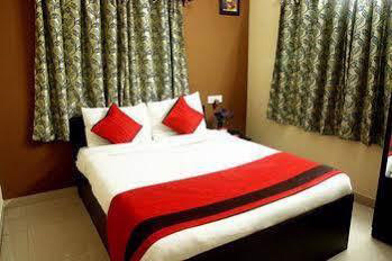 Oyo Rooms Newtown Ai Market