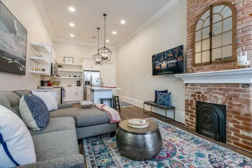 Luxury 3BR Vacation Home 5 Min to Frnch Quarter