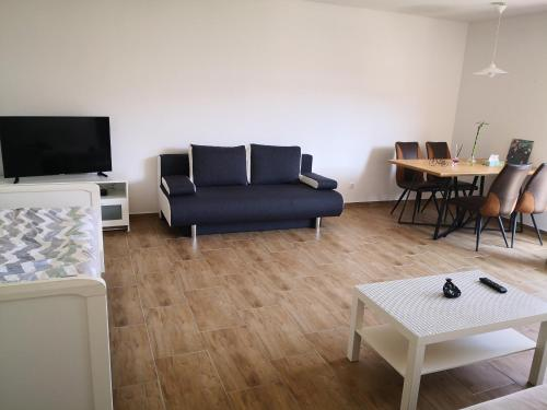 2 Rooms Apartm Fair And Hbf In 2 4 Min 1 6 Persons