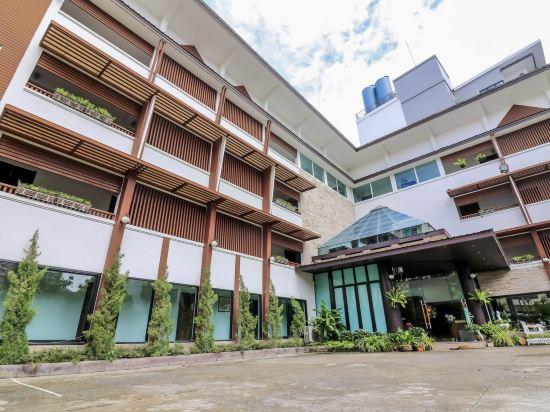 Huay Kaew Palace 1