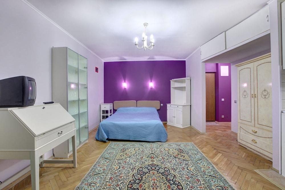 Standard Brusnika Apartment Na Profsoyuznoy