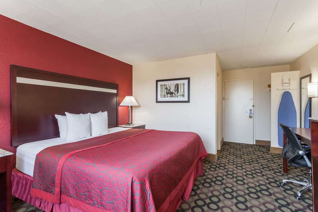 Gallery image of Days Inn by Wyndham Chester Philadelphia Airport
