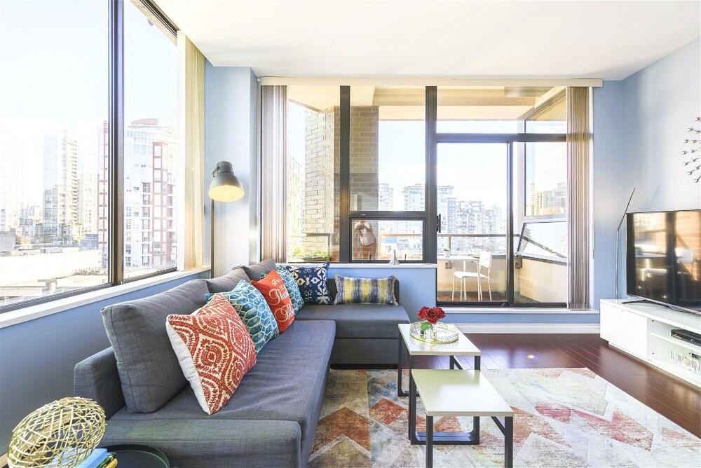 Best Location Yaletown Luxury Suites