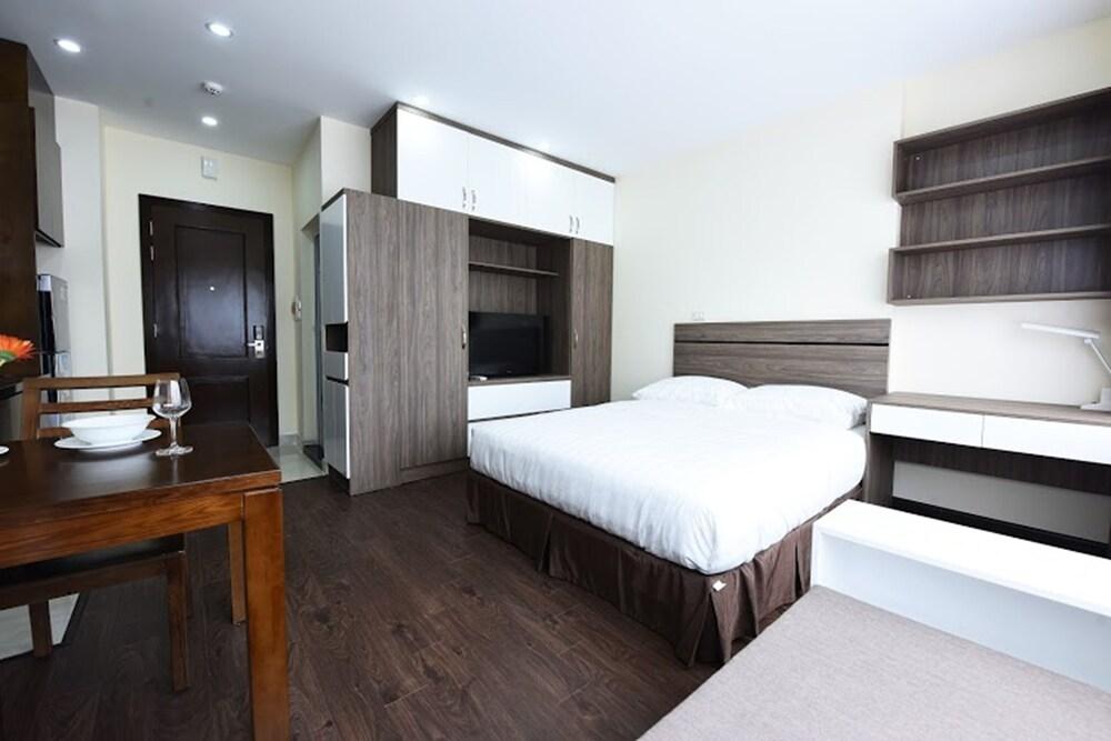 Granda Legend Apartment