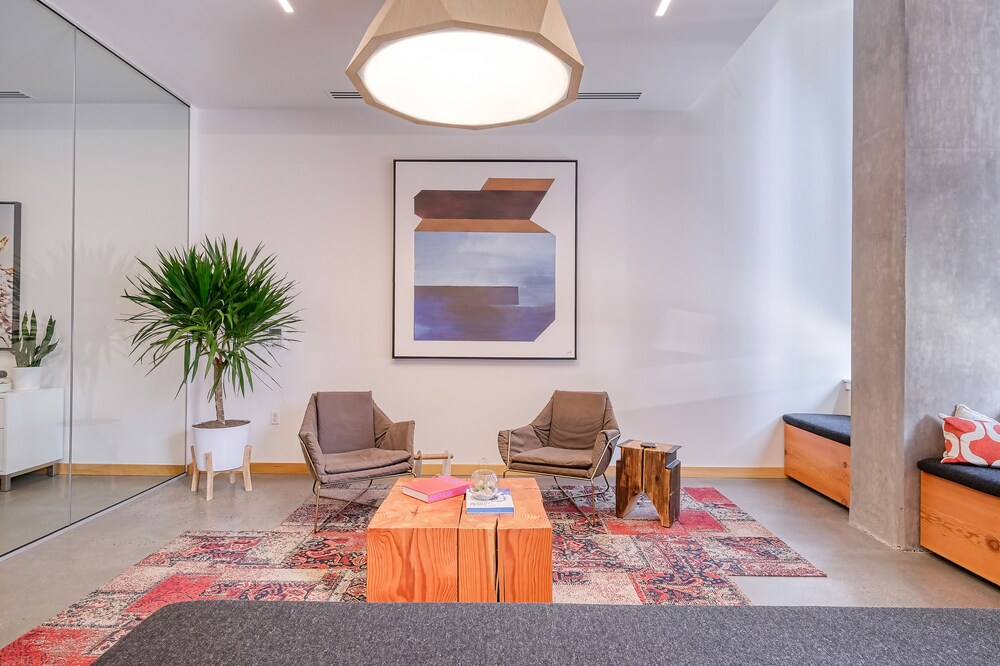 Modern Apartments by Barsala