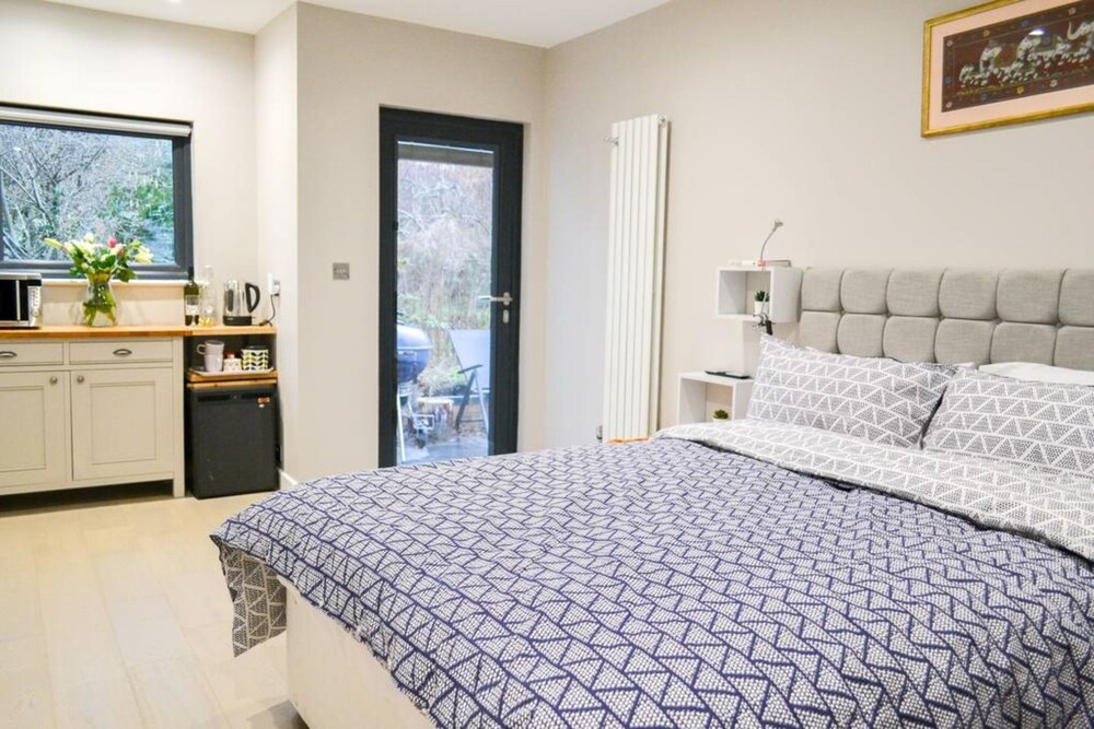 Bright Studio Flat in Oxford