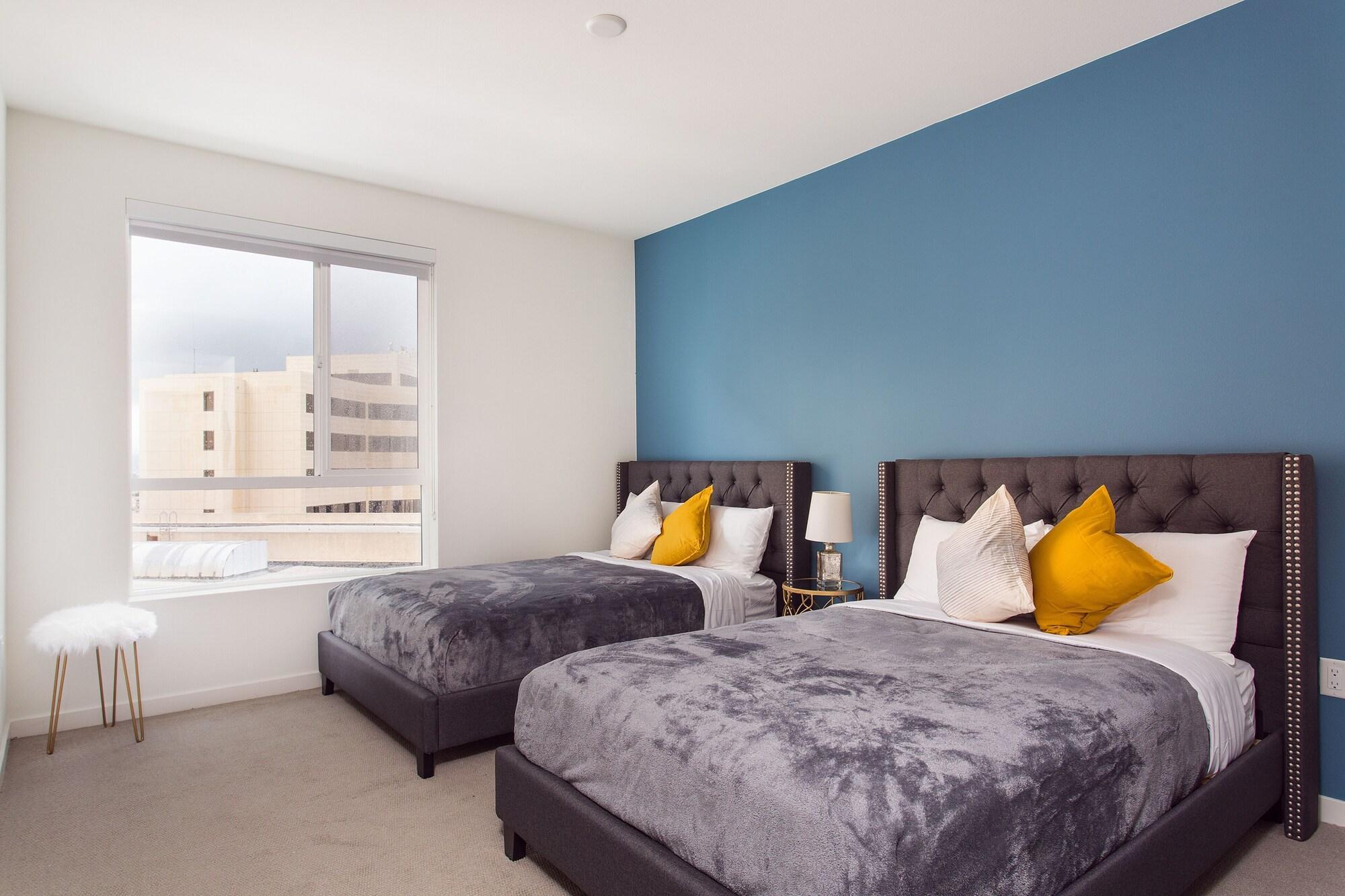 Luxurious Downtown LA 2BD Suites