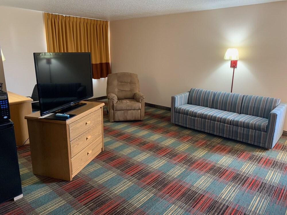 Gallery image of Budgetinn & Suites