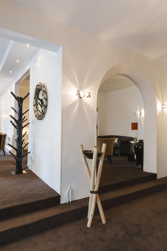 Gallery image of Hôtel Le Saint Louis