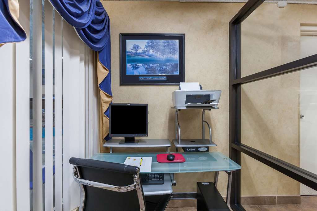 Gallery image of Super 8 by Wyndham Jacksonville AR
