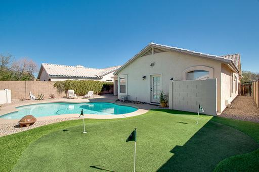 Corporate With Pool & Golf In The Heart Of Gilbert 3 Bedroom Home