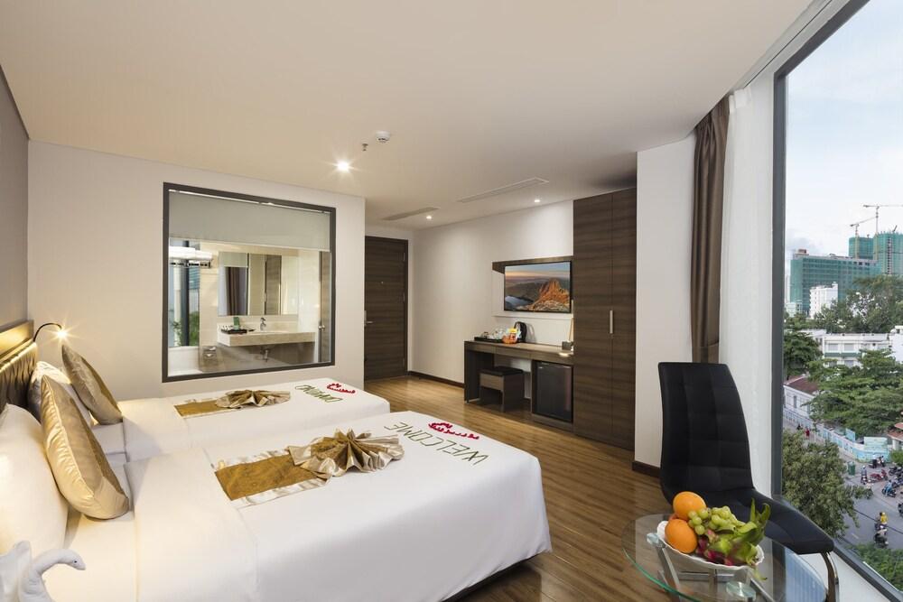 Diamond Nha Trang Hotel
