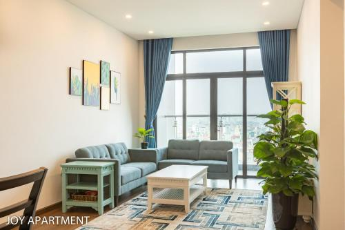 Lovely condo Central 2 BRs City View Sun Ancora