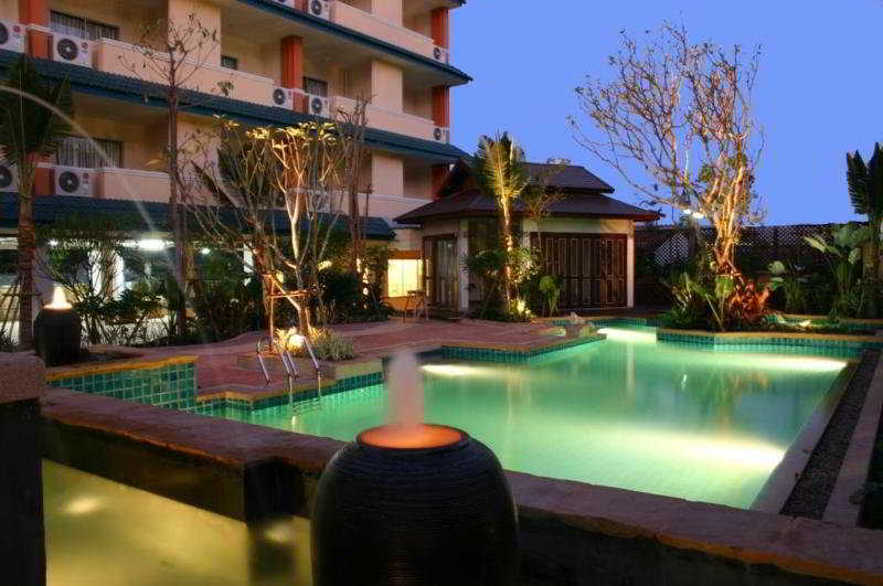 Gallery image of VITS Gazebo Resort Pattaya