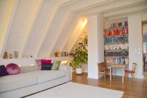 Wunderschöne helle Wohnung 10 min zum Zentrum