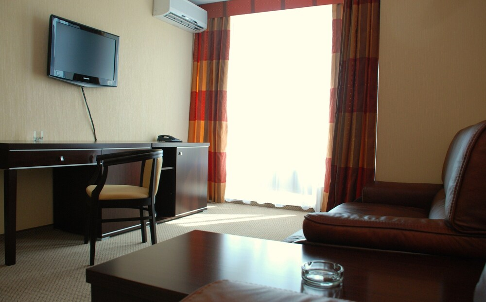 Gallery image of Nikol Business Hotel