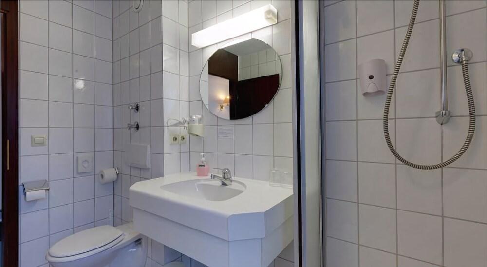Gallery image of Hotel Astoria am Urachplatz