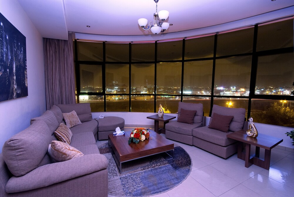 Baateel Suites Furnished Apartments 4