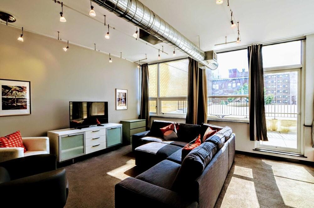 1123 Northwest Apartment #1068 7 Br Apts