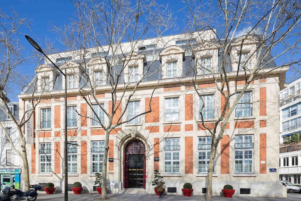 Courtyard By Marriott Paris Boulogne